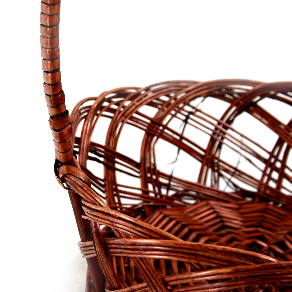 "Round Brown Basket With Handle 10"" x 4"" close"